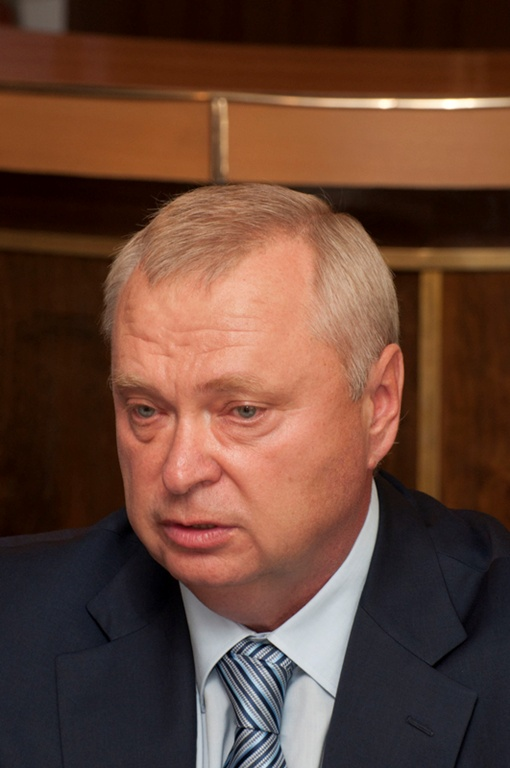 Александр Пеклушенко сменил на посту губернатора Бориса Петрова