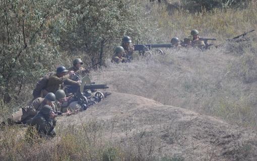 В исторической реконструкции боя участвовали три сотни