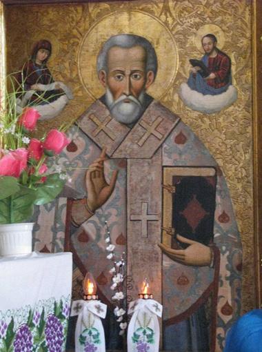 Львовский искусствовед Лев Скоп полагает, что вор хорошо знал не только художественную, но и денежную ценность икон