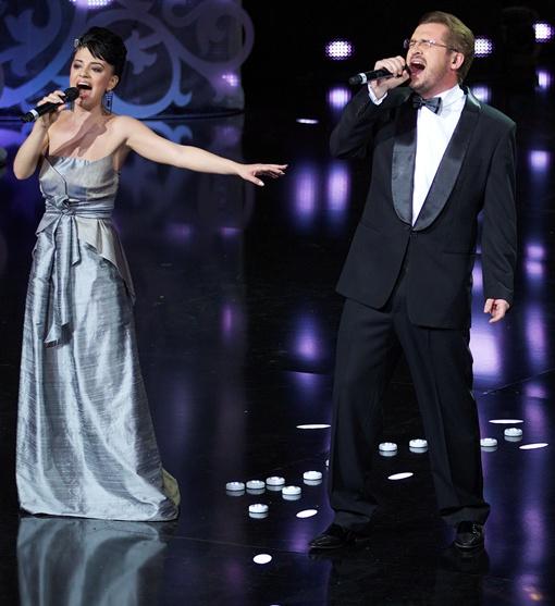 Как заметила его партнерша, оперная певица Ирина Кулик, она бы назвала Александра не
