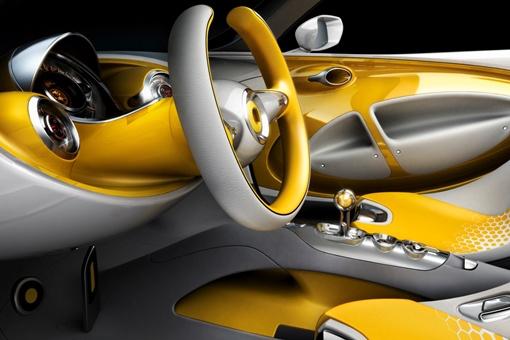 Водительское место. Фото: auto.mail.ru