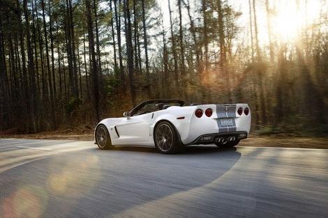 Новинка получила восьмицилиндровый двигатель от купе Chevrolet Corvette Z06 объемом семь литров
