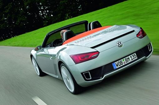 Максимальная скорость авто достигает 226 км/час