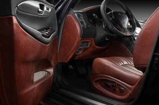 Кроссовер оснащен 3,7-литровым бензиновым двигателем V6, обеспечивающим 320 л. с. ФОТО: avtomaniya.com
