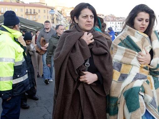 Жертвами крушения стали, по последним данным, 11 человек, без вести пропавшими пока числятся 28 пассажиров