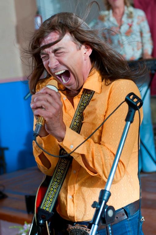 Митяй в роли рок-звезды. Фото телеканала Интер