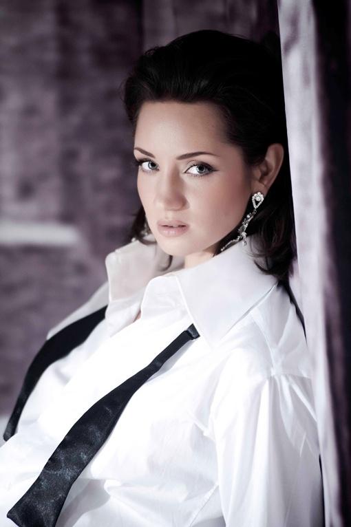 Татьяна Денисова будет опекать участников второго сезона. Фото СТБ