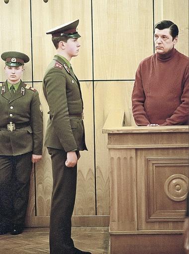 Москва, 1988 год. Генерал-полковник милиции Юрий Чурбанов во время оглашения приговора.