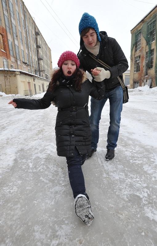 Чиновники заставят владельцев офисов и магазинов расчищать лед