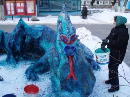 Дракона раскрасили гуашью. Фото: Управление Государственной пенитенциарной службы
