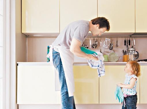 Для скандинавских мужчин воспитание детей не является чем-то экзотическим. Фото Thinkstock.