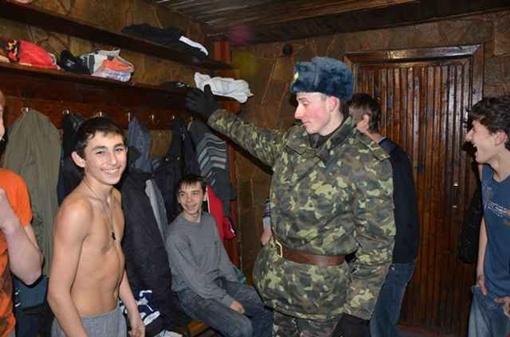 Детдомовцы впервые побывали в парной. Фото Александра ГЕОРГИЕВА.