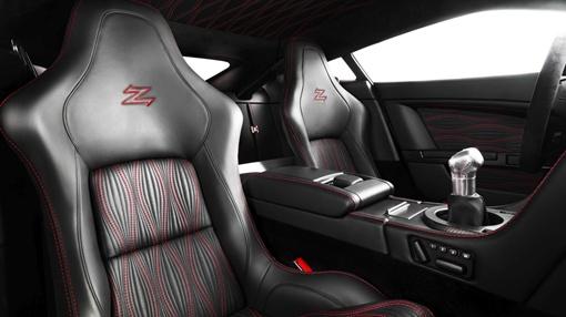 На ускорение до 100 км/ч Aston Martin V12 Zagato тратит всего 4,2 секунды