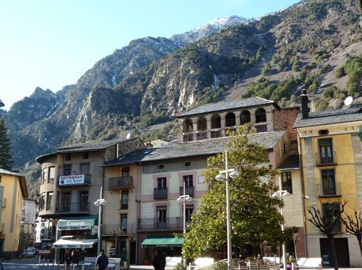 В столице княжества Андорре-ла-Велья всегда много солнца и температура редко опускается ниже нуля.