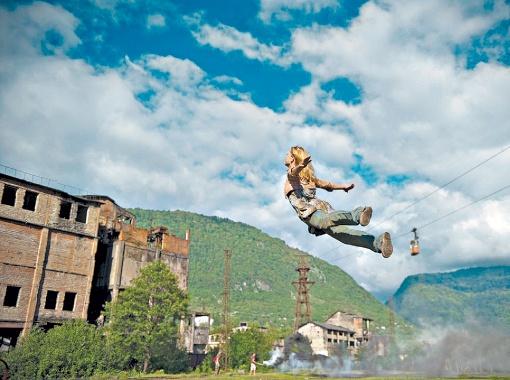 Чтобы спасти сына, Ксения была готова лететь за ним хоть на край света.