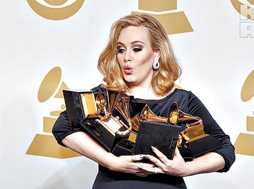 Триумфатор Grammy певица Адель получила аж шесть