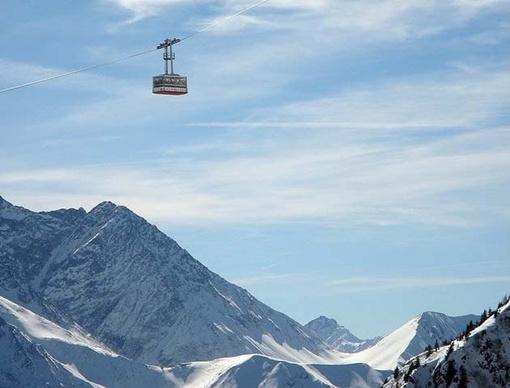 …И в Брюлисау в Швейцарии - к горе Хоэр-Кастен…