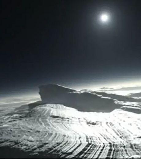 Ученые смогли смоделировать, как будет выглядеть раннее солнечное утро на Плутоне. Изображение с сайта infuture.ru