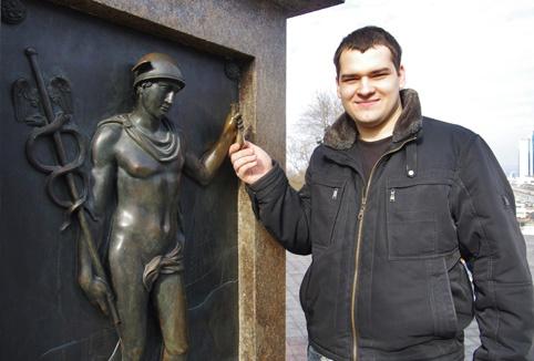 Загадать желание можно и в Саду скульптур литмузея.