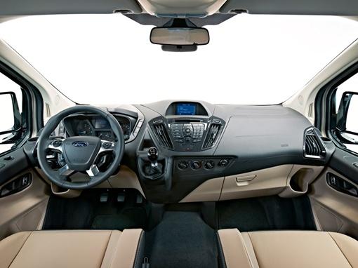 Интерьер авто сделали одновременно функциональным и привлекательным