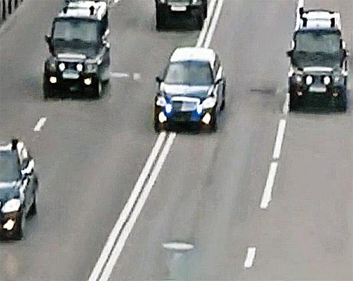 Эти кадры обнаружены в ноутбуке террористов. Они изучали, как премьер садится в машину и как движется его кортеж.