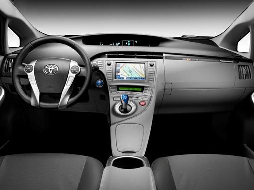 При этом компании удалось избежать экономии на пространстве или комфорте пассажиров. Фото Toyota
