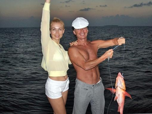 Олег вместе с женой Мариной даже на отдыхе стараются вести активный образ жизни