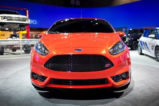 Ford обещает продемонстрировать в Женеве серийные версии