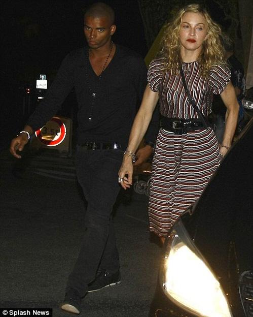 Мадонна со своим молодым любовником Брахимом. Фото Splash News.