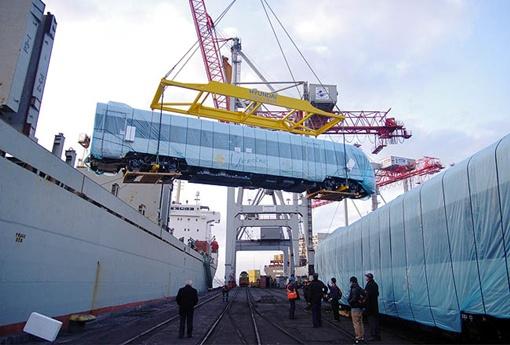 Первые два состава прибыли в Одесский порт вечером 11 марта