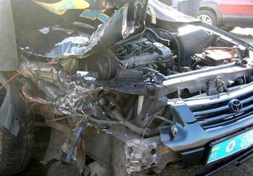 Автомобиль ГАИ врезался в фуру. Фото с сайта: novosti-n.mk.ua