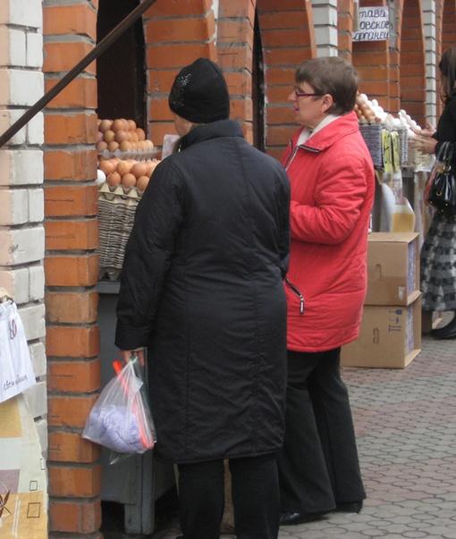 - Не буду покупать яйца сегодня - вдруг завтра станут дешевле...Фото из архива