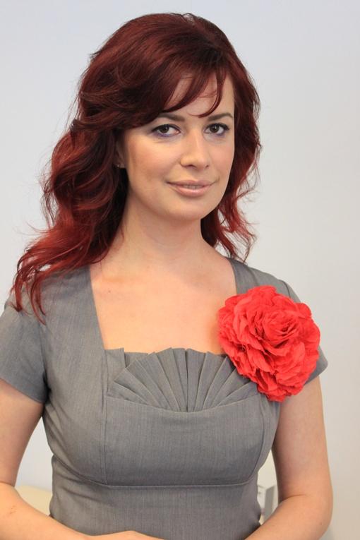 Елена Фить е- PR-консультант по стратегическим коммуникациям. Член Украинской PR-Лиги.