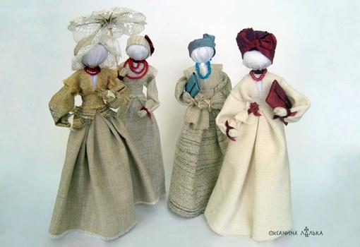 Аксессуары для львовских панночек - зонтики и сумочки-клатчи - мастерица делала тоже своими руками