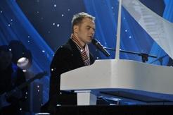 Павла Табакова уже ждут голландские фанаты. Фото с личного сайта певца.