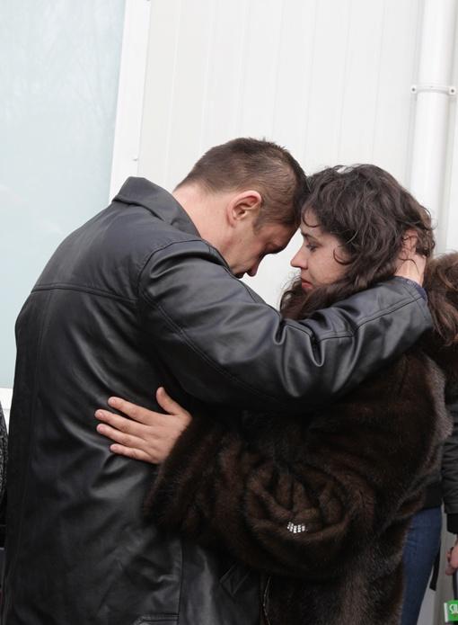 Александр Митюра, старший механик, с женой Анной (не виделись год и 7 месяцев). Фото