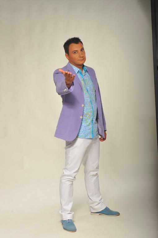 Известному телеведущему, шоумену и юмористу Дмитрию Танковичу предложили снятся в стиле ню.