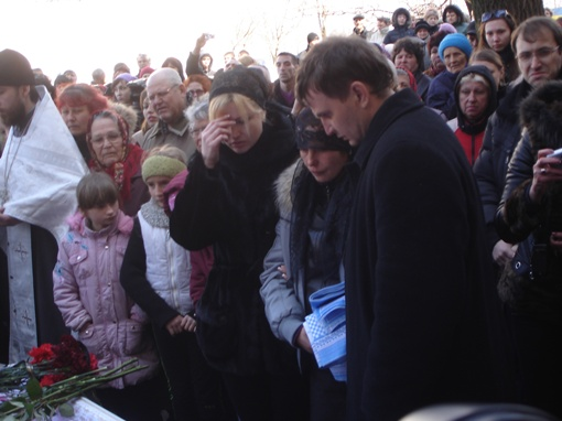 Маму Оксаны поддерживали неравнодушные николаевцы. Фото автора