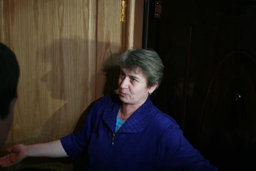 Жительница дома Мария Молокова говорит, что соседи часто выпивали