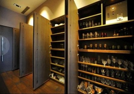 Место для хранения 200 пар обуви. Фото: news.com.au