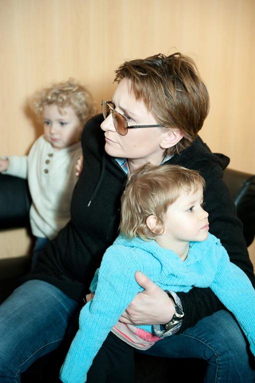 Диана - талантливая певица и любящая мама. Фото канала