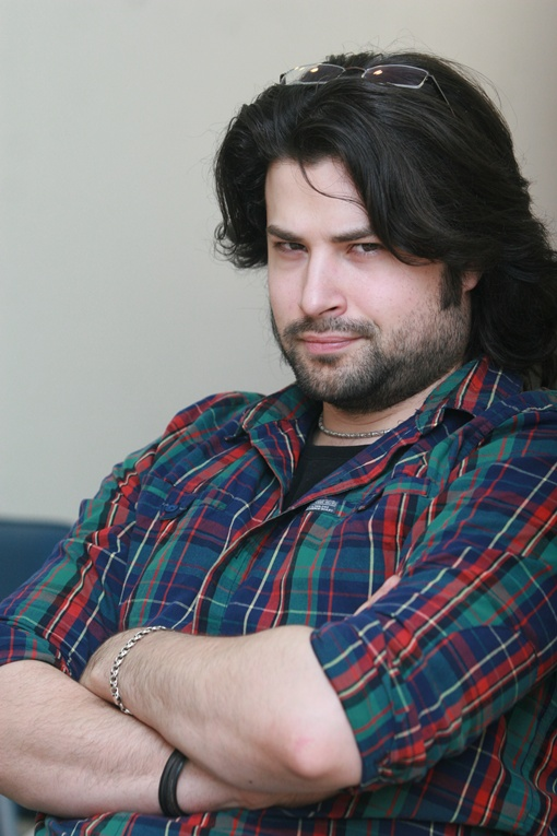 Владимир Ткаченко приехал на онлайн-конференцию вместе с Аленой, но скромно занял место в зале пресс-центра