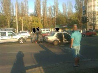 Задержанных положили лицами вниз Фото: forum.od.ua