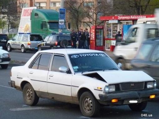 Задержанный автомобиль со следами ДТП Фото: 048.ua