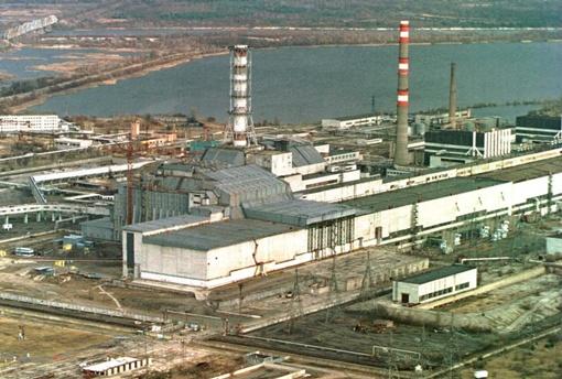 Строительство саркофага над одним из реакторов ЧАЭС закончили 11 декабря  1986 года. Этот день считается днем официального закрытия четвертого блока станции. фото УНИАН