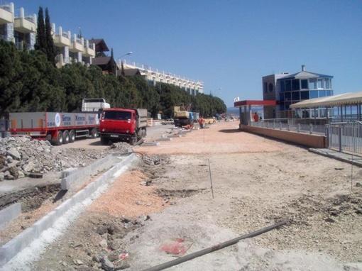 Стройка в самом разгаре. фото - с сайта www.tvoya-gazeta.com