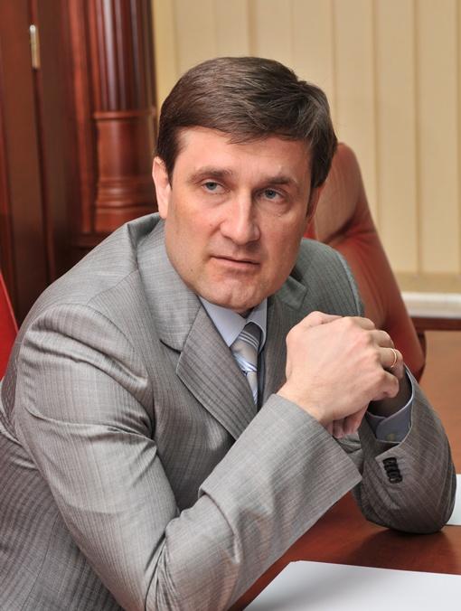 Самый состоятельный: губернатор Андрей Шишацкий