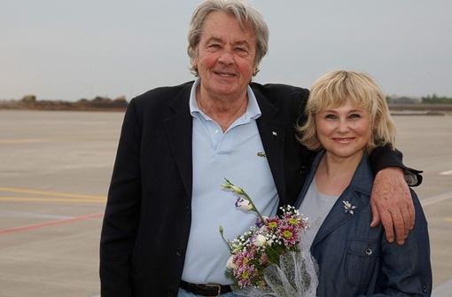 Делон прилетел в Украину.