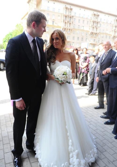 Свадьбу сыграли в ресторане на Рублевке. Фото: Евгения ГУСЕВА