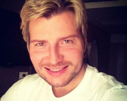 Басков то и дело выкладывает свои фото после операции на своей страничке в Твиттере.